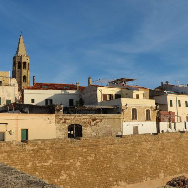 tours alghero, excursions alghero, what to do, alghero best excursions, alghero must do, acomnapnying tour, alghero walking tour