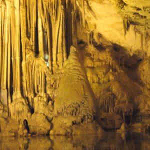 tours alghero, excursions alghero, what to do, alghero best excursions, alghero must do, acomnapnying tour, size groups